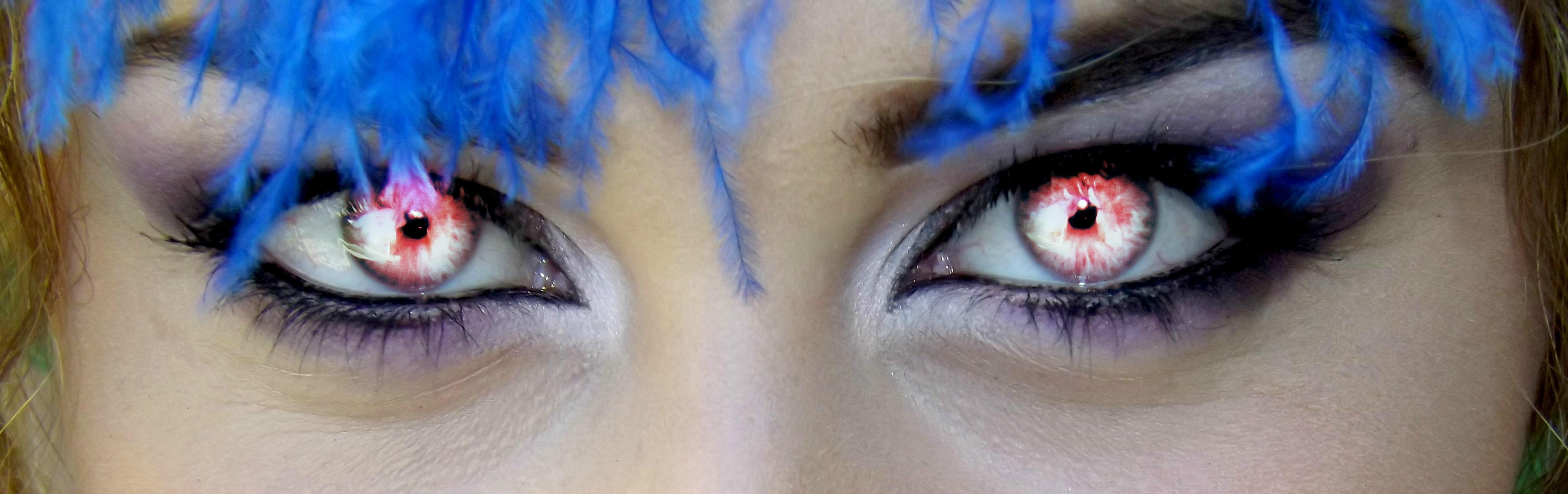 Ojos pelo azul