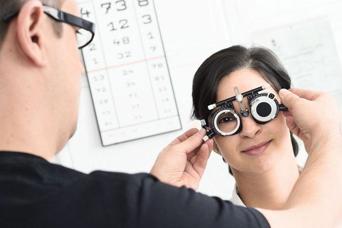 Adaptación lentes de contacto
